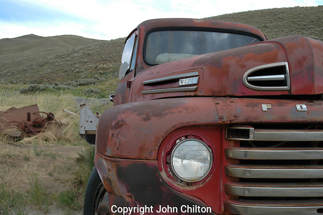 Photo of old Ford Truck