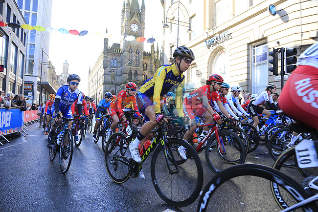 The start of the Women Elite Road Race of the UCI World Championships 2019 running 149.4km from Bradford to Harrogate, England. 28th September 2019.<br /> Picture: Eoin Clarke   Cyclefile<br /> <br /> All photos usage must carry mandatory copyright credit (© Cyclefile   Eoin Clarke)