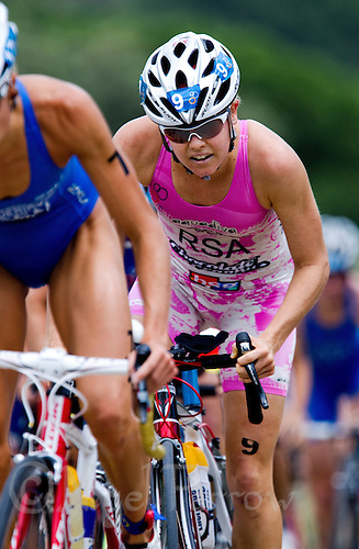 05 JUN 2010 - MADRID, ESP - Kate Roberts - Womens ITU World Championship Series triathlon (PHOTO (C) NIGEL FARROW)