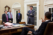 United States President Barack Obama discusses the ongoing budget negotiations with staff in the Oval Office, April 8, 2011. Pictured, from left, are: National Economic Council Director Gene Sperling; Phil Schiliro, Assistant to the President and Special Advisor; Bruce Reed, Chief of Staff to the Vice President; and Office of Management and Budget Director Jack Lew. .Mandatory Credit: Pete Souza - White House via CNP