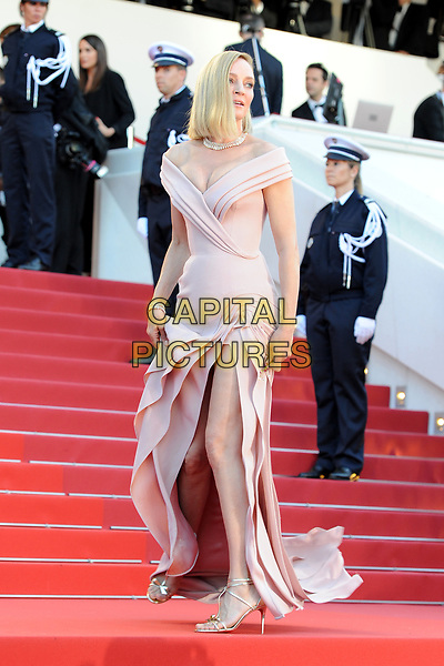 Uma Thurman at the Opening Movie &acute;Les Fantomes d Ismael`  screening during The 70th Annual Cannes Film Festival on May 17, 2017 in Cannes, France.<br /> CAP/LAF<br /> &copy;Lafitte/Capital Pictures