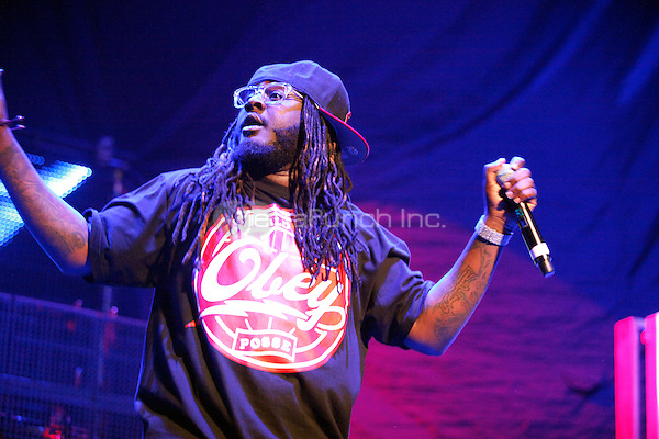 T Pain performs at Power House 2011 at the Wells Fargo Center in Philadelphia, Pa on October 28, 2011  © Star Shooter / MediaPunchInc