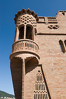 Spanien, Barcelona, Ca L'Espinal in der Colonia Güell von Antoni Gaudi, Unesco-Weltkulturerbe