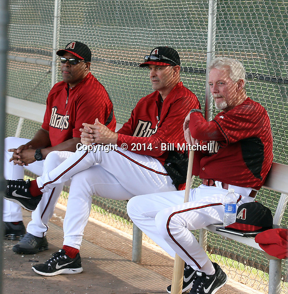 Pitching coach Mike Harkey (L), manager Kirk Gibson (M), special advisor Dave Duncan (R) of the Arizona Diamondbacks participates in the first day of spring training workouts at Salt River Fields on February 7, 2014 in Scottsdale, Arizona (Bill Mitchell)