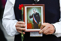 Chilean people celebrates 40th anniversary of presidential victory  in 1970 of former president Salvador Allende on September 4, 2010 in Santiago, Chile.He squeezed into power on September 4, 1970, with 36 per cent of the vote, a winning margin of 1.3 percentage points..Photo : Marcelo Hernandez
