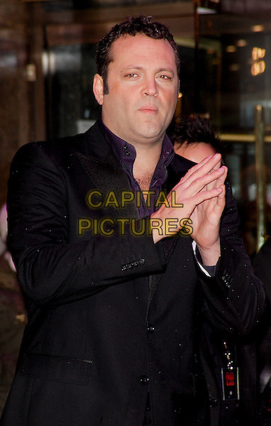 "VINCE VAUGHN.European Premiere of ""Fred Claus"" at the Empire Cinema, Leicester Square, London, England, November 19th 2007.half length black jacket rubbing hands together vaughan.CAP/ROS.©Steve Ross/Capital Pictures"