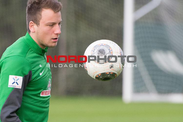 Trainingsgel&auml;nde, Jerez, ESP, 1.FBL, Trainingslager Werder Bremen 2014,  11.01.2014, <br /> Philipp Bargfrede (Bremen #44)<br /> <br /> <br /> Foto &copy; nordphoto/ Kokenge