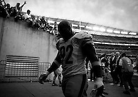 James Harrison #92 of the Pittsburgh Steelers walks off of the field following their 33-20 win against the Cincinnati Bengals during the game at Paul Brown Stadium on December 12, 2015 in Cincinnati, Ohio. (Photo by Jared Wickerham/DKPittsburghSports)