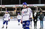 Stockholm 2013-11-26 Bandy Elitserien Hammarby IF - Edsbyns IF :  <br /> Edsbyn Felix Pherson deppar efter matchen<br /> (Foto: Kenta J&ouml;nsson) Nyckelord:  depp besviken besvikelse sorg ledsen deppig nedst&auml;md uppgiven sad disappointment disappointed dejected