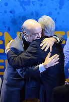 ATENÇÃO EDITOR: FOTO EMBARGADA PARA VEÍCULOS INTERNACIONAIS. SAO PAULO, 18 DE SETEMBRO DE 2012 - ELEICOES 2012 SERRA - O candidato Jose Serra (esq) e o ex presidente da Republica Fernando Henrique Cardoso durante encontro com artistas e intelectuais no Cinema da Gazeta, Avenida Paulista, regiao central, na tarde desta terca feira, regiao central da capital. FOTO: ALEXANDRE MOREIRA - BRAZIL PHOTO PRESS
