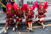 London, UK. 28 August 2017. Dancers from Paraiso School of Samba. Notting Hill Carnival celebrations and parade on Bank Holiday Monday. The festival attacts usually over 1 million visits and this year it remembers the victims of the Grenfell Tower fire.
