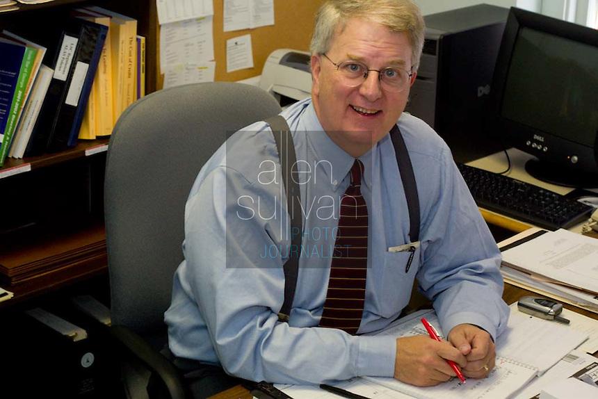 Attorney and former Georgia Governor Roy Barnes at the Atlanta Legal Aid Society in Atlanta, Ga. on January 27, 2003.