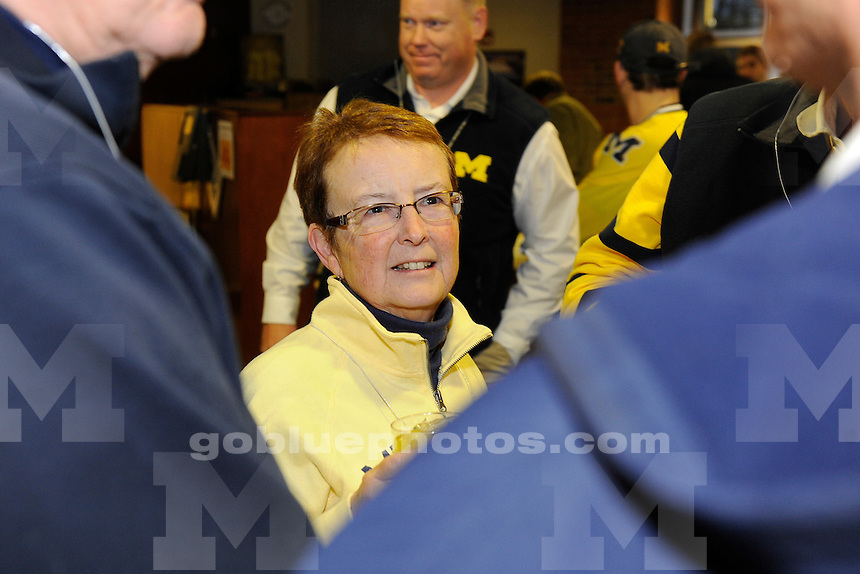 Michigan hockey alumni party at the Stephen Ross Academic Center, 11-29-13.
