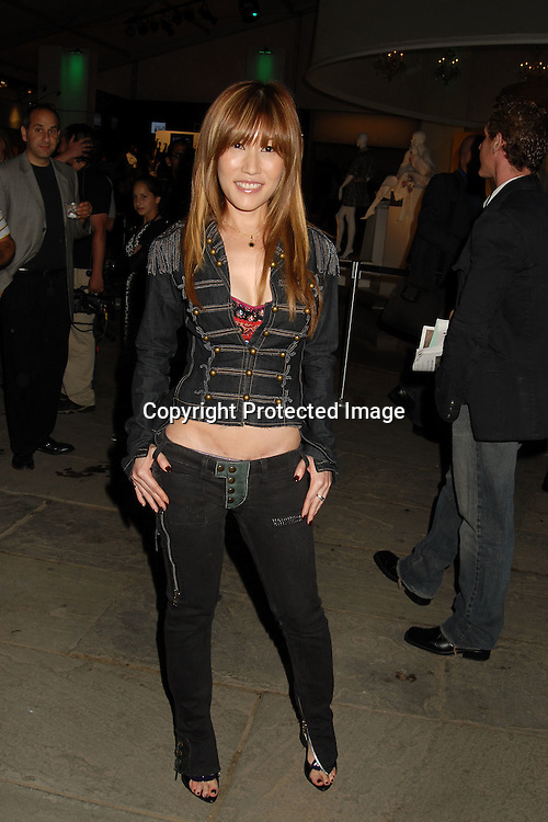 Sun..arriving for the Baby Phat Spring 2007 Fashion Show on ..September 8, 2006 at The Olympus Fashion Shows in Bryant Park. ..Robin Platzer, Twin Images