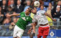 FUSSBALL   1. BUNDESLIGA   SAISON 2013/2014   6. SPIELTAG Hamburger SV - SV Werder Bremen                       21.09.2013 Slobodan Rajkovic (li, Hamburger SV) gegen Joanthan Tah (re, Hamburger SV)