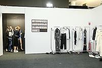 SÃO PAULO, SP, 25.042016 - DESFILE - SPFW - Backstage da grife Apartamento 03 durante São Paulo Fashion Week verão 2017na Bienal do Ibirapuera nesta segunda-feira, 25. (Foto: Monica Silveira/Brazil Photo Press)