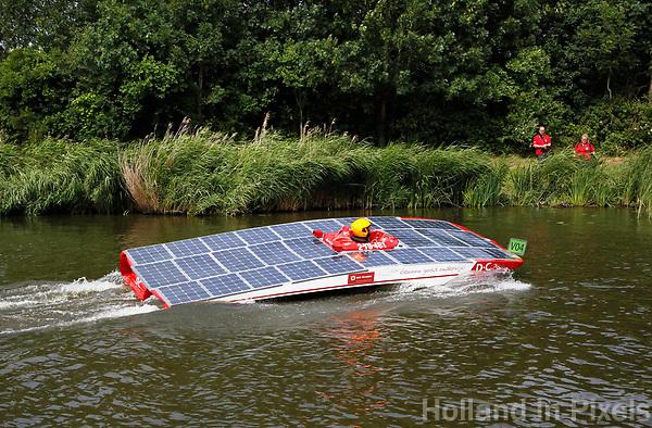 Nederland -  Purmerend - 23 juni  2018.  Solar Sport One race competitie. Het wereldkampioenschap Solar Boat racen. Tweedaags evenement in Purmerend met boten die varen op zonne-energie.    Foto Berlinda van Dam Hollandse Hioogte