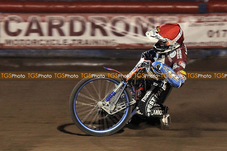 Heat 13: Davey Watt in action for Lakeside - Lakeside Hammers vs Eastbourne Eagles - Sky Sports Elite League Speedway at Arena Essex Raceway, Purfleet - 17/08/12 - MANDATORY CREDIT: Gavin Ellis/TGSPHOTO - Self billing applies where appropriate - 0845 094 6026 - contact@tgsphoto.co.uk - NO UNPAID USE.