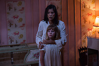 Annabelle: Creation (2017)<br /> LULU WILSON as Linda and STEPHANIE SIGMAN as Sister Charlotte<br /> *Filmstill - Editorial Use Only*<br /> CAP/KFS<br /> Image supplied by Capital Pictures
