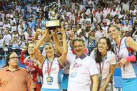 OSASCO, SP, 01.12.13 - CAMPEONATO PAULISTA DE V&Ocirc;LEI 2013 - FINAL - Sheilla, jogadora do Molico/Osasco, <br /> durante partida contra o Sesi/SP, v&aacute;lida pela final do Campeonato Paulista de V&ocirc;lei 2013, no Gin&aacute;sio Jos&eacute;<br /> Liberatti, na cidade de Osasco/SP. Foto: Geovani Velaquez / Brazil Photo Press
