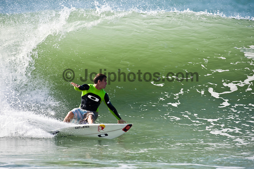 CLINT KIMMINS (AUS) surfing at Hossegor in the South West region of France. Photo: joliphotos.com
