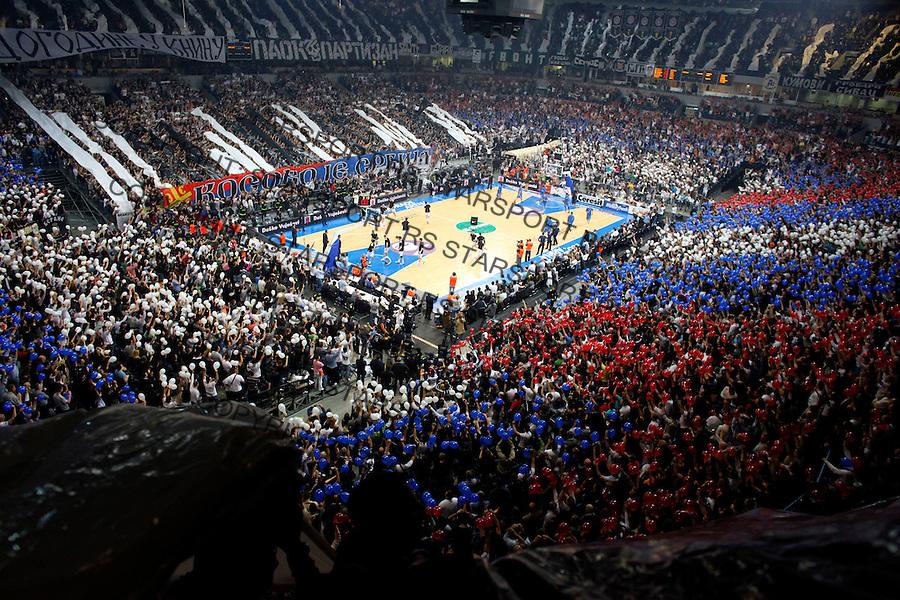 Navijaci Grobari Jug Supporters Fans Sport Kosarka Evroliga Euroleague Partizan Beograd Srbija Maccabi Makabi Tel Aviv Israel Belgrade Arena 1.4.2010. credit image photo: Pedja Milosavljevic / STARSPORT / +381 64 1260 959 / thepedja@gmail.com