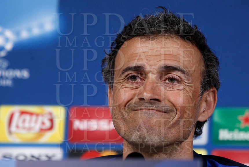 Football Soccer - Barcelona Press conference- Uefa Champions League,Juventus stadium, Turin, Italy, april 10, 2017.<br /> Barcelona's coach Luis Enrique looks on during a news conference before the match against Juventus.