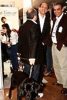 SÃO PAULO, 17 DE AGOSTO DE 2012 - FEIRA INTERNACIONAL DE PRODUTOS DE REABILITAÇÃO - Paulo Skaf Presidente da Fiesp visita 10ª Feira Internacional de Produtos, Equipamentos, Servicos e Tecnologia para Reabilitacao, Prevencao e Inclusao, Palacio de Convencoes do Anhembi,  nessa sexta, 17 - FOTO LOLA OLIVEIRA - BRAZIL PHOTO PRESS