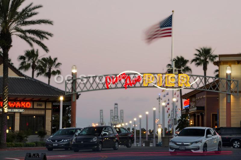 Pine Ave Pier at Dusk