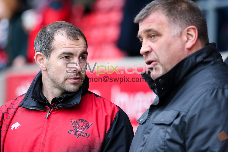 Picture by Alex Whitehead/SWpix.com - 11/02/2017 - Rugby League - Betfred Super League - Salford Red Devils v Wigan Warriors - AJ Bell Stadium, Salford, England - Wigan head coach Shaun Wane (R) and Salford head coach Ian Watson (L) chat before the game.