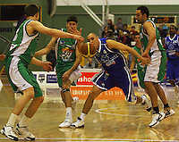 Lindsay Tait loses the ball during the NBL Round 14 match between the Manawatu Jets  and Wellington Saints. Arena Manawatu, Palmerston North, New Zealand on Saturday 31 May 2008. Photo: Dave Lintott / lintottphoto.co.nz