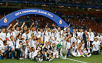 Calcio, finale di Champions League: Real Madrid vs Atletico Madrid. Stadio San Siro, Milano, 28 maggio 2016.<br /> Real Madrid&rsquo;s players celebrate at the end of their Champions League final match against Atletico Madrid, at Milan's San Siro stadium, 28 May 2016. Real Madrid won 5-4 on penalties after the game ended 1-1.<br /> UPDATE IMAGES PRESS/Isabella Bonotto