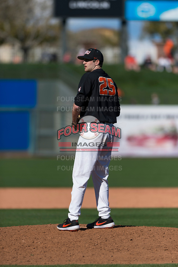 Oregon State Beavers relief pitcher Joey Mundt (25) prepares to deliver a pitch during a game against the Gonzaga Bulldogs on February 16, 2019 at Surprise Stadium in Surprise, Arizona. Oregon State defeated Gonzaga 9-3. (Zachary Lucy/Four Seam Images)