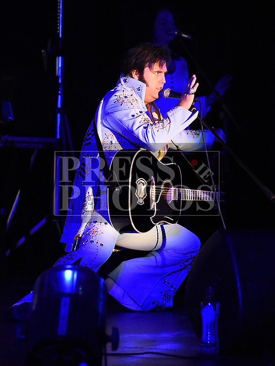 Ciaran Houlihan as Elvis in the Barbican Centre. Photo:Colin Bell/pressphotos.ie