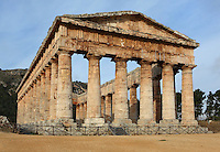Greek Doric temple of Segesta, 430-420 BC, by the Elymians, Sicily, Italy. Picture by Manuel Cohen