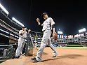 (L-R) Joe Girardi, Masahiro Tanaka (Yankees), JULY 29, 2015 - MLB : New York Yankees starting pitcher Masahiro Tanaka (front) returns to his side's dugout in the fifth inning during a baseball game against the Texas Rangers at Globe Life Park in Arlington, Texas, United States. (Photo by AFLO)