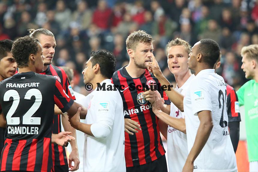 Streit zwischen Alex Meier (EIntracht) und Junior Diaz (Mainz) - Eintracht Frankfurt vs. 1. FSV Mainz 05, Commerzbank Arena