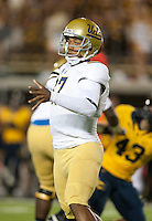 October 6th, 2012: UCLA's Brett Hundley throws the ball during a game against California at Memorial Stadium, Berkeley, Ca    California defeated UCLA 43 - 17
