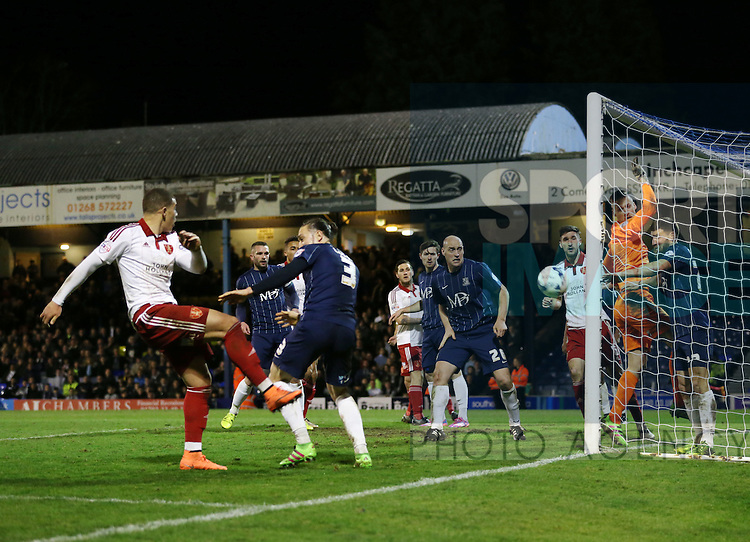 Sheffield United's Che Adams sees his shot hit the post during the League One match at Roots Hall Stadium.  Photo credit should read: David Klein/Sportimage