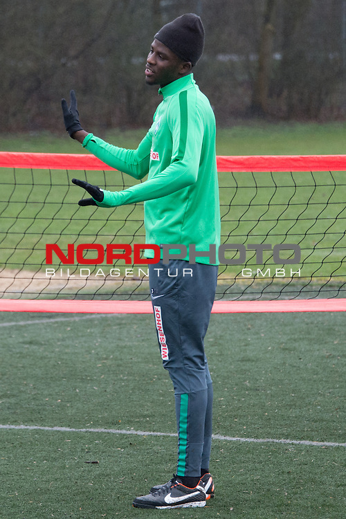 25.03.2016, Trainingsgelaende, Bremen, GER, 1.FBL, Training Werder Bremen<br /> <br /> im Bild<br /> Papy Djilobodji (Bremen #3), <br /> <br /> Foto &copy; nordphoto / Ewert