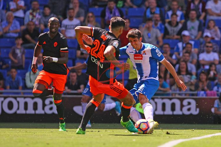 League Santander 2016/2017. Game: 37.<br /> RCD Espanyol vs Valencia CF: 0-1.<br /> Ezequiel Garay vs Gerard Moreno.