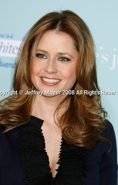 """HOLLYWOOD, CA. - February 02: Actress Jenna Fischer arrives at the Los Angeles Premiere of """"He's Just Not That Into You"""" held at the Grauman's Chinese Theatre on February 2, 2009 in Los Angeles, California."""