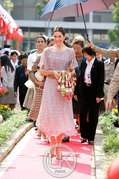 "Crown Prince Frederik & Crown Princess Mary of Denmark, on a Four Day official visit to Thailand, Crown Princess Mary visits "" Wat Chinna Wararan School in Pathum Thani Province, near Bangkok, Thailand"