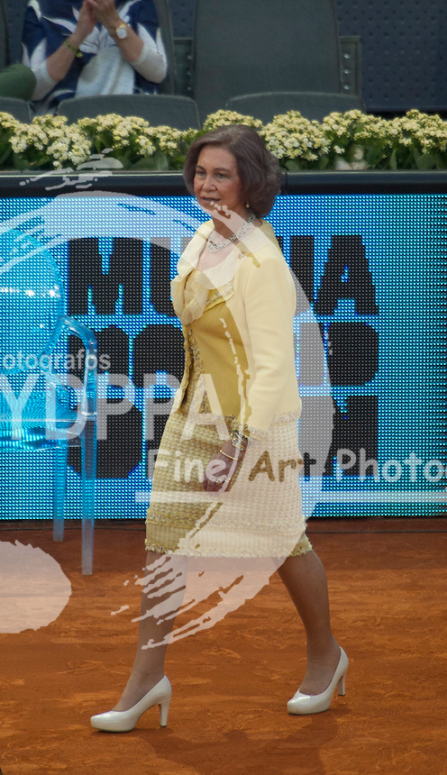 Former Queen Sofia assists to the Mutua Madrid Open final and delivers the trophies