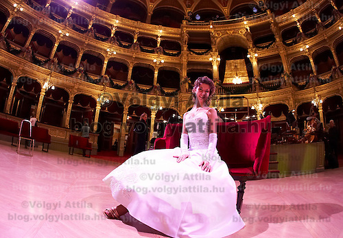 0802020487c Dress rehearsal of the 13th Budapest Opera Ball held at Opera House involving 50 couples of debutantes performing the opening waltz. Budapest, Hungary. Saturday, 02. February 2008. ATTILA VOLGYI