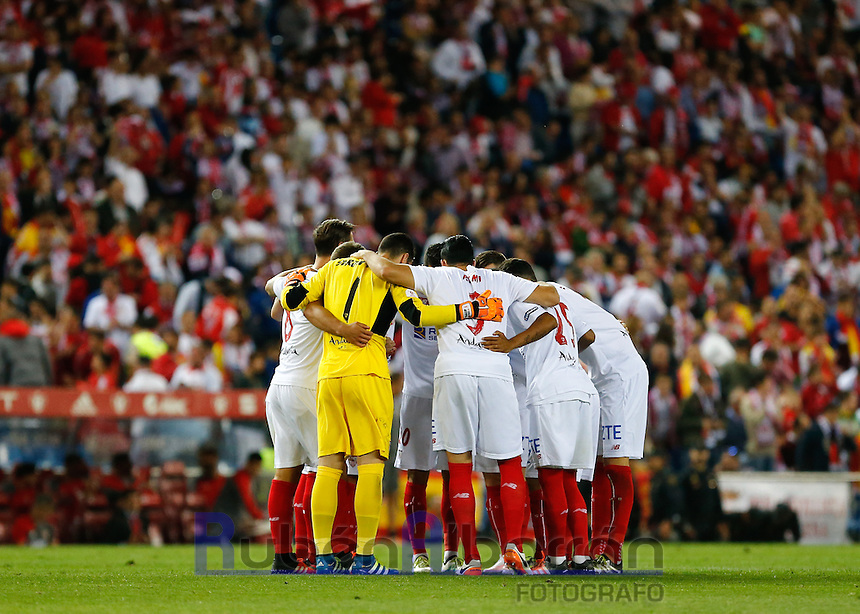 Sevilla players during the Final of Copa del Rey match between FC Barcelona and SevillaFC at the Vicente Calderon Stadium in Madrid, Sunday, May 22, 2016.