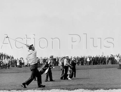 29.10.1963 Canada. American golfer Arnold Palmer drives off in the Canada Cup competition. Both Palmer and team mate Jack Nicklaus retain the cup 29 October 1963