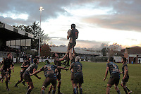 Tom David lifted by Tony Whittle and Joel Rose claims the lineout 5 meters from the Tiverton line during a period of Falmouth Pressure towards the end of the first half. A tough game for Falmouth Eagles as they battled in driving rain for most of the first half against a Tiverton onslaught to fall behind 16-0 by the halfway stage. Falmouth put pressure on Tiverton to gain 3 points but Tiverton attacked strongly again wearing Falmouth down and scoring a second try to lead 21-3. Allthough Falmouth pushed towards the end of the second half, Tiverton proved to strong as they won 21-3.