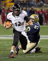 Cincinnati quarterback Zach Collaros. Cincinnati Bearcats defeated the Pitt Panthers 26-23 at Heinz Field in Pittsburgh, Pennsylvania on November 5, 2011.