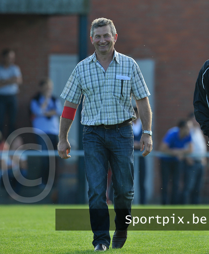 KSV Pittem : Eric Verstraete (links).foto VDB / BART VANDENBROUCKE